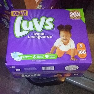 Luvs 168 pack diapers for 15lb to 30lb babies, tri